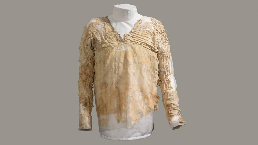 The Tarkhan Dress, the worlds oldest woven garment