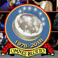 Illustration of a birthday cake with '1978-2018, omnes blotto'