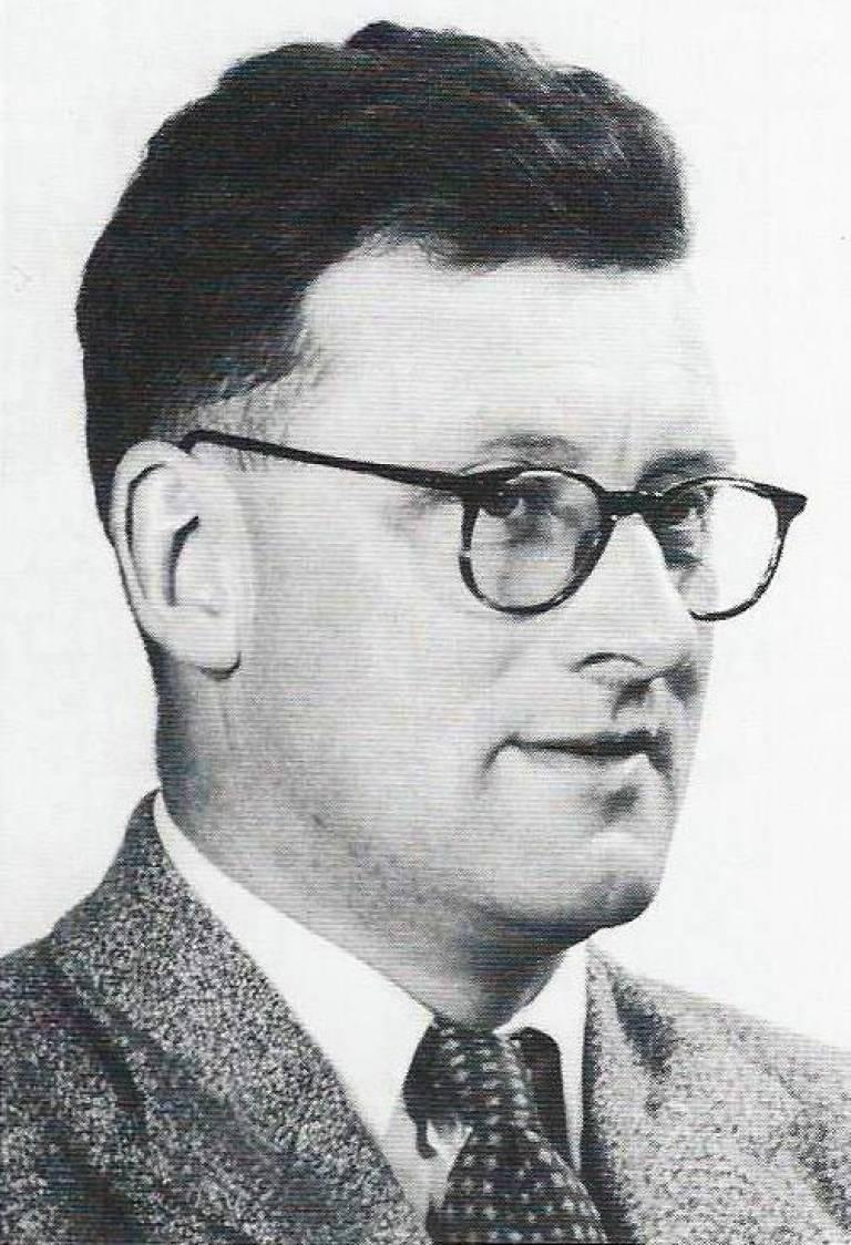Prof. Tom Barnard
