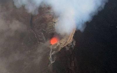 Manam volcano, Papua New Guinea