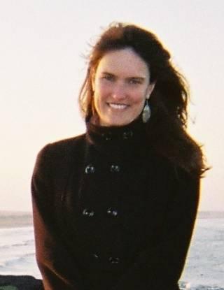 Dr Ana Ferreira