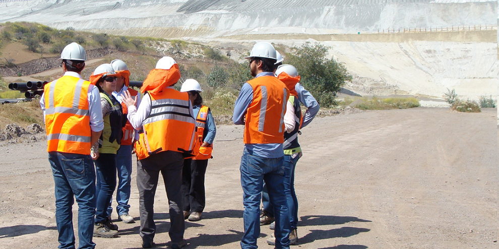 Tailings experts from Anglo American and the National Service of Geology and Mining of Chile