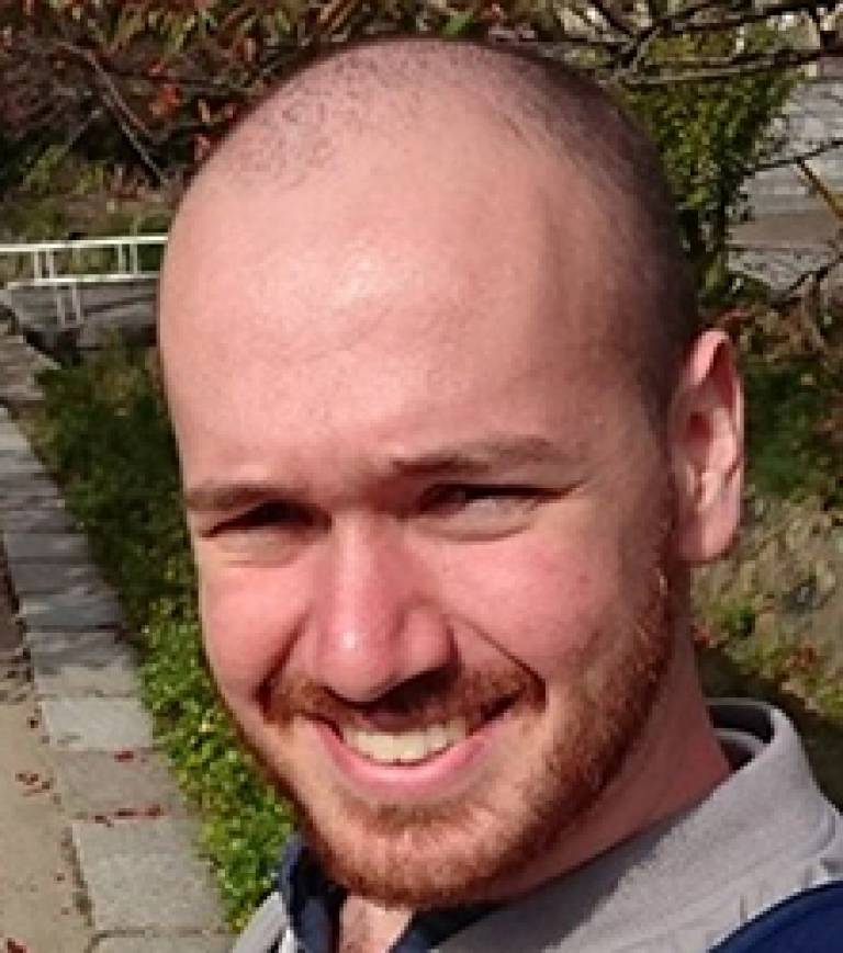 Tom Robbins profile picture