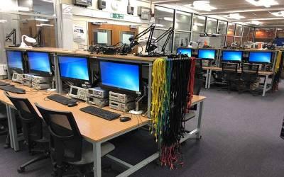 Undergraduate teaching lab