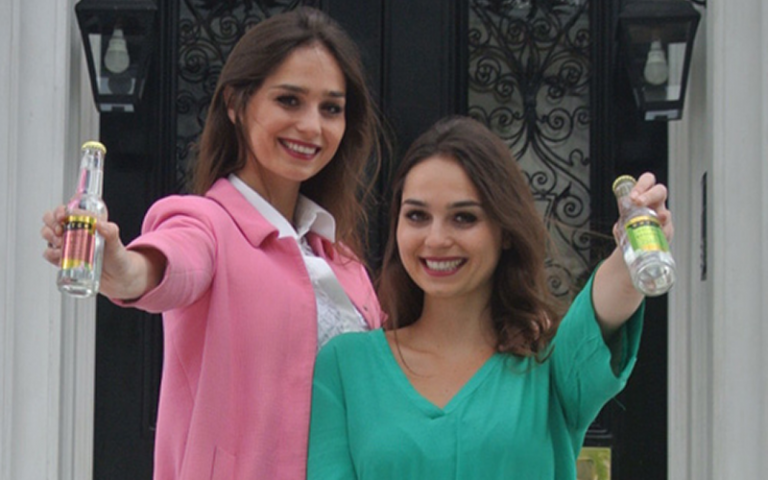 Joyce and Raissa de Haas, founders of Double Dutch Drinks