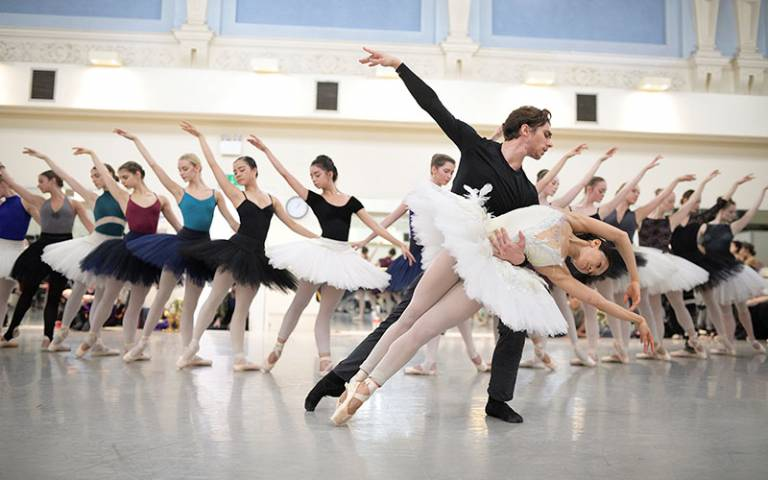 Ballet dancers Erina Takahashi and Francesco Gabriele Frola in rehearsals for Swan Lake – photo © Laurent Liotardo