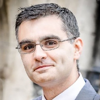 Dr Stephen Jivraj