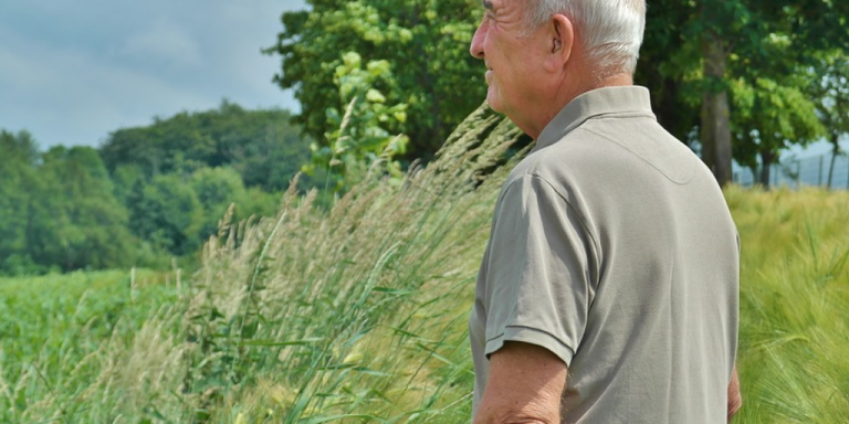 Older man -photo