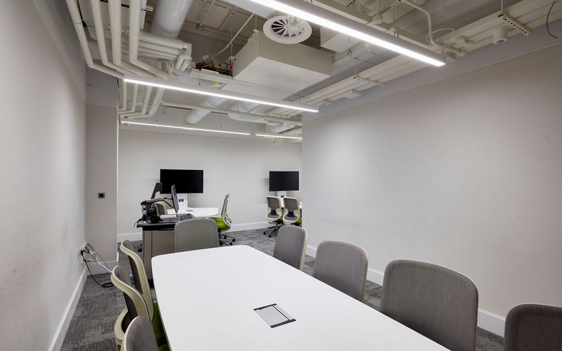 London conference room B21