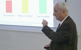 Daniel Kaufmann at a GGI keynote lecture