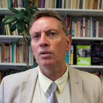 Prof Stephen Hart