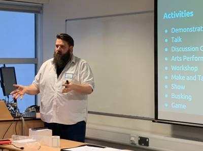 Dan Plane presenting workshop