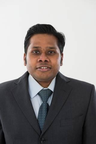 Dr Gurusamy