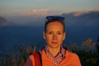 snapshot of Helene Bartos outdoors