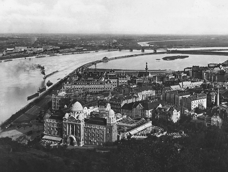 arial view of 1920's Hungarian city