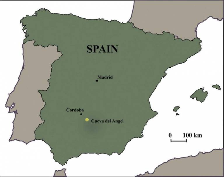 Geographical location of Cueva del Angel, Lucena, Spain