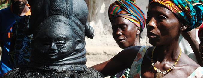 Ndoli jowei masquerade at Moyambawo, Sierra Leone. Courtesy Paul Basu