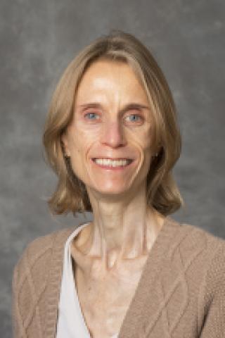 Alison Sizer