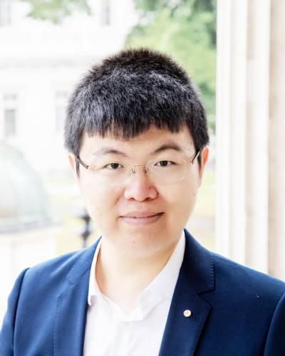 Pin-yi Zhao