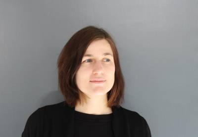 Stefanie Rauch Headshot