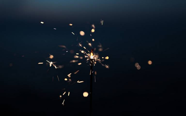 sparks of light, photo by Eric Han on Unsplash