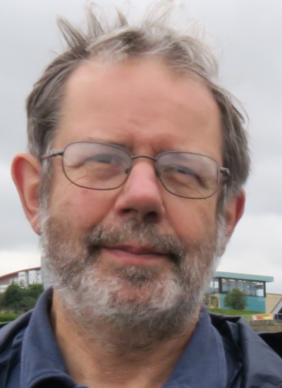 Dr Robert Knight
