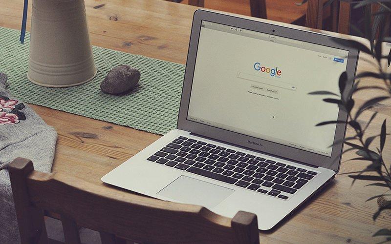 Apple Macbook Air with Google