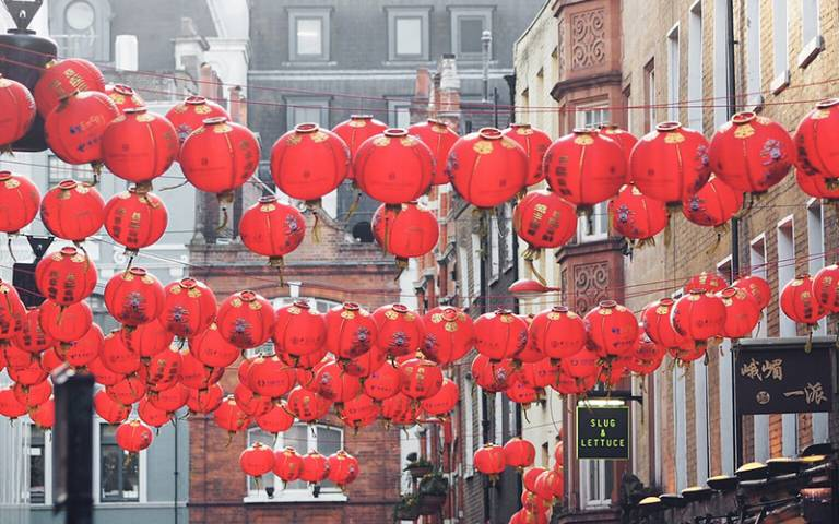 Chinatown in London, by Ungry Young Man, Flickr (CC BY 2.0)