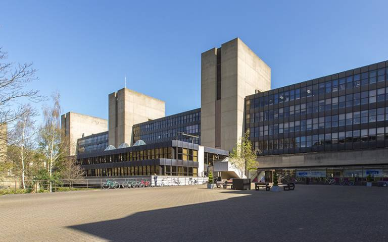 UCL Institute of Education building in the sun. Mary Hinkley © UCL Digital Media