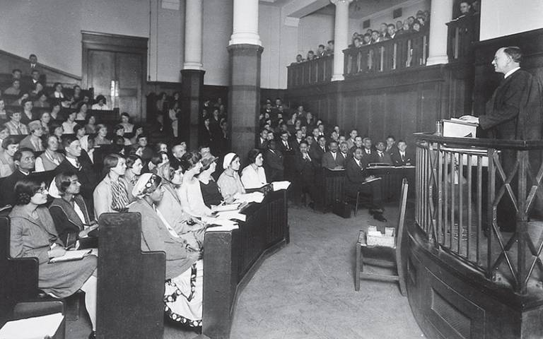 Undated black and white photo of a lecture at the London Day Training College, later known as the UCL Institute of Education.