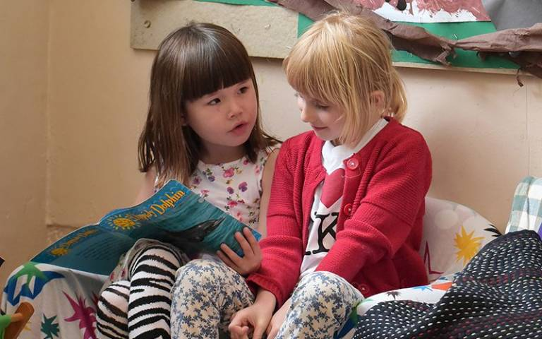 Primary school girls reading