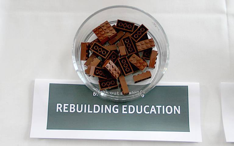 Rebuilding education lego blocks: Leaderlab - Driving Transformational Change via Flickr (CC BY-NC 2.0)