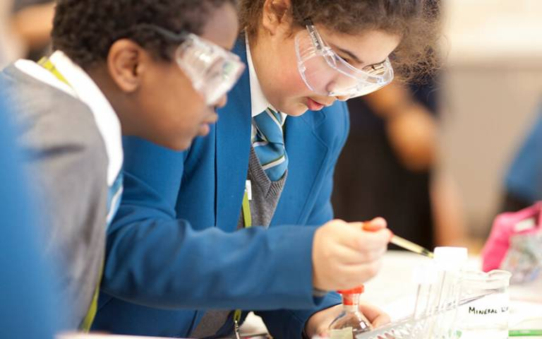 Pupils in science class. Image: Matt Clayton for UCL