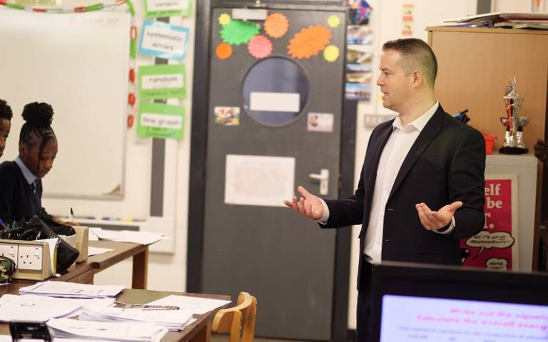 Teacher speaking to class. Image: Phil Meech for UCL Institute of Education