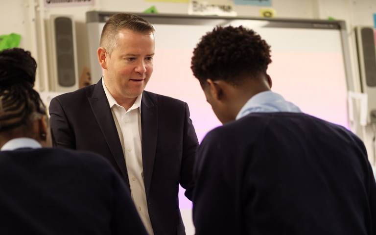 Teacher speaking to secondary pupils. Image: Phil Meech for UCL Institute of Education
