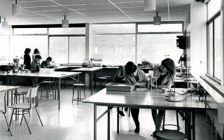 Black and white picture of a classroom. Image: UCL Institute of Education Archives