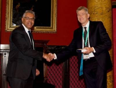Nick Fox receiving Alexander Morison medal