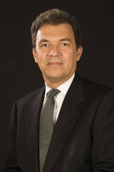Prof Tarek Yousry