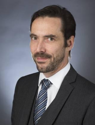 Dr Gary Hotton