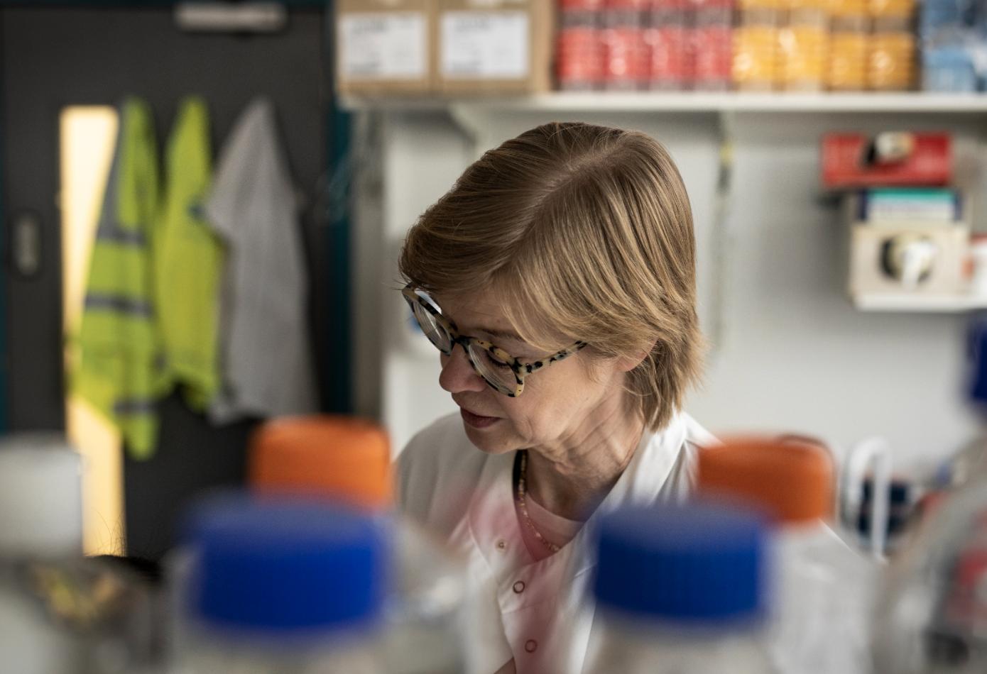 Dr Virginia Calder in the lab