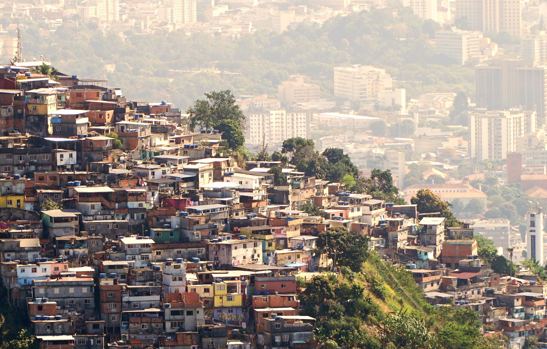 Favela teaser