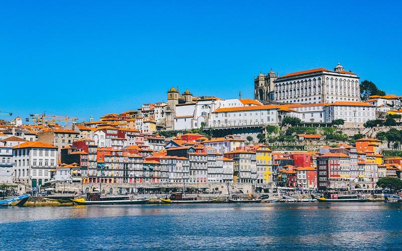 Portuguese - the portuguese city of Porto