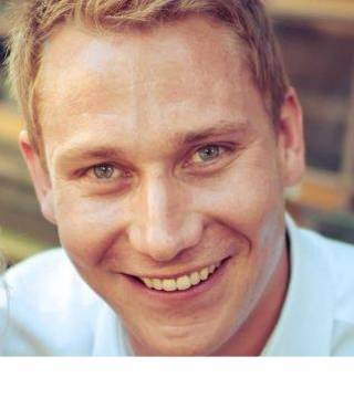 Andrew Hewitt UCL Pre-sessional English Tutor