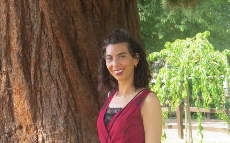 Dr Myriam Hunter-Henin