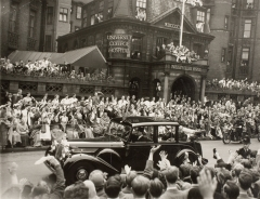 Queen Elizabeth's Coronation Tour outside University College Hospital