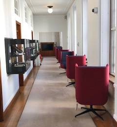 Relaxation chairs in Senate House Hub