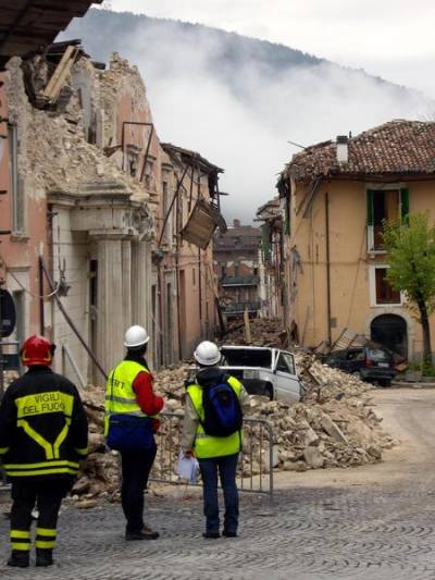 The aftermath of the l'Aquila earthquake. Credit: Joanna Faure Walker (UCL IRDR)