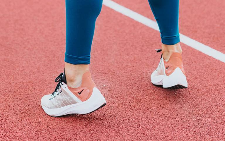 New insight on the mechanics of the Achilles tendon