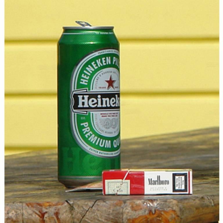 Cigarettes and alcohol (square)