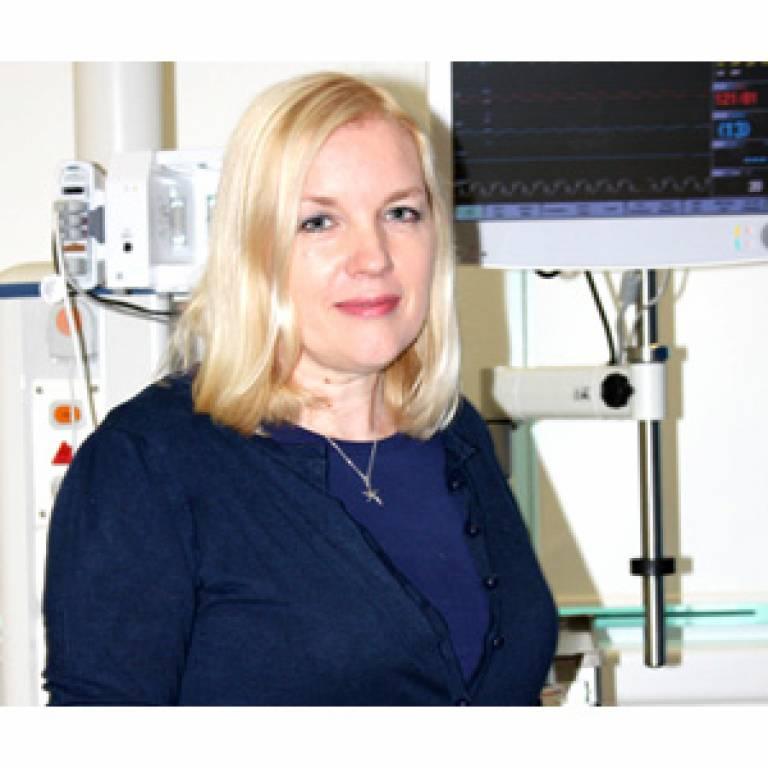 Dr Dorothy Wade